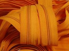 Oranžový zip nekonečný zipová páska metráž zipu