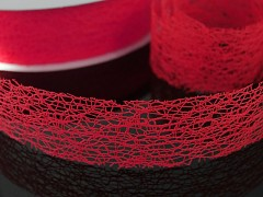 Červená  stuha dekorační pavučina 38mm červená,  á 1m