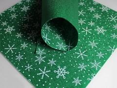 ZELENÁ plst vánoční s vločkama 30x30cm