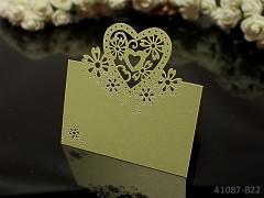 SVĚTLE ZELENÉ luxusní PERLEŤOVÉ svatební jmenovky ke stolu srdce