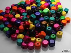 Pestrobarevný MIX korálky dřevěné kostky 8/8mm bal. 7g ± 30ks