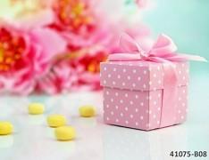RŮŽOVÁ S PUNTÍKY dárková krabička na svatební mandle