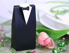 ČERNÁ dárková krabička ŽENICH na svatební mandle