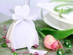 BÍLÁ dárková krabička NEVĚSTA na svatební mandle