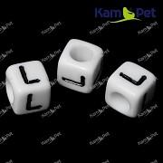 Bílé korálky písmena L korálek písmenko L písmenka