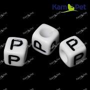 Bílé korálky písmena P korálek písmenko P písmenka