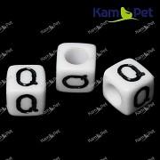 Bílé korálky písmena Q korálek písmenko Q písmenka