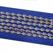 Ozdobný prýmek pro všívání perliček, á 1m