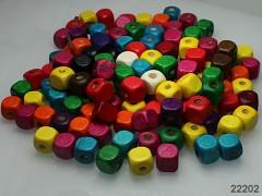 Pestrobarevný MIX korálky dřevěné kostky 10/10mm bal. 13.7g ± 30ks