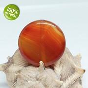 Karamelový červený achát kámen na náhrdelník šperkový přírodní minerál