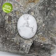 BÍLÝ Tyrkenit kabošon AAA kvality na náhrdelník nebarvený howlit