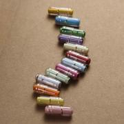 Prázdné pilulky na vzkaz, přání apod. ČIRÉ