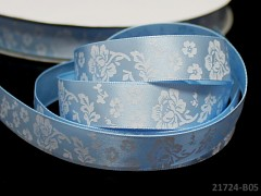 Stuha atlasová 16mm vzor KVĚTY sv. modrá svazek 2m