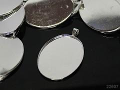 Velké bižuterní lůžko stříbrné 48/30, á 1ks