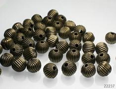 Bronzové korálky kovové zdobené hranaté čtverečky 12/11mm, bal. 5ks