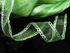 Zelená světle stuha organzová /saténová 25mm organza stužka šifónová světle zelená, á 1m