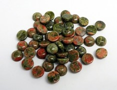 Zelený minerál UNAKIT kabošon 10mm přírodní minerál spárované kabošony
